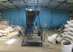 کشف کارگاه غیر مجاز تولید پری بیوتیک با عنوان تقلبی در شهرستان خمینی شهر